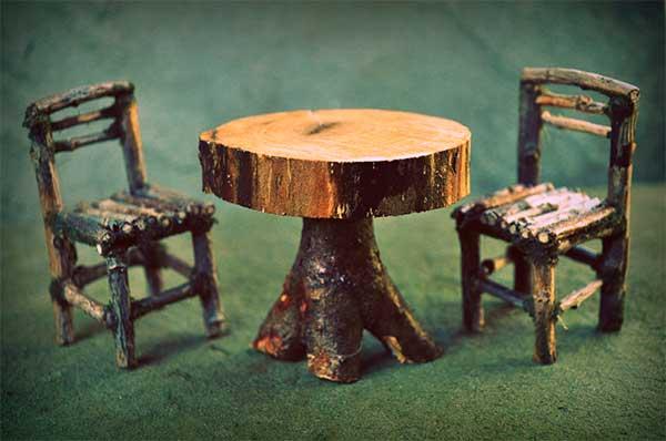 Artículos de madera a la deriva